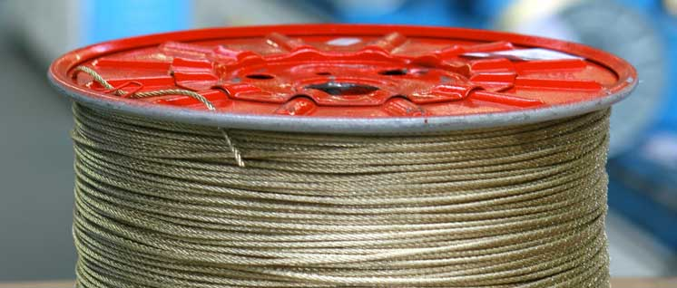 Steel cord for heavy and beyond heavy tires